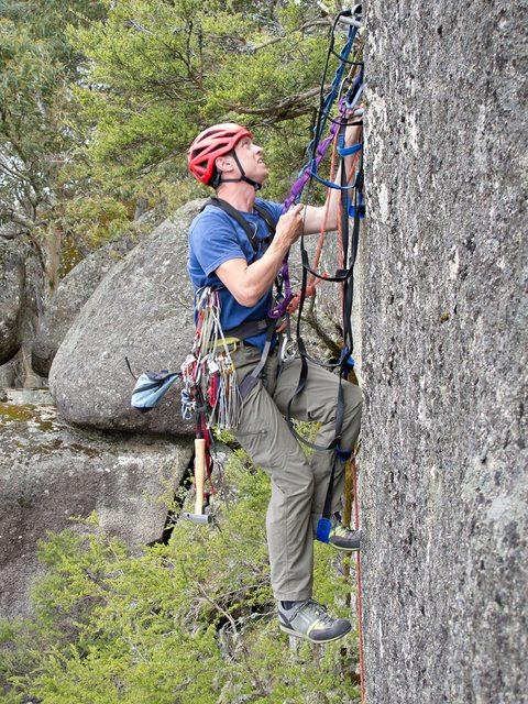aid-climbing